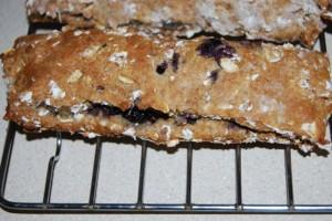 DSC 7809 300x200 Homemade Nutrigrain Bars
