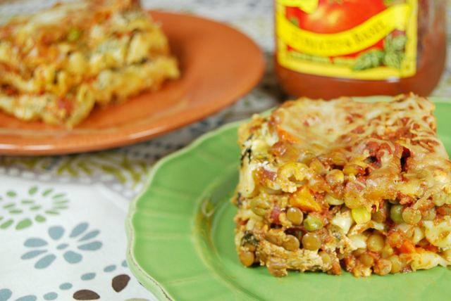 Did you know you can make lasagna in the slow cooker? Try this vegetarian Crockpot Lentil Vegetable Lasagna next time you're craving Italian!