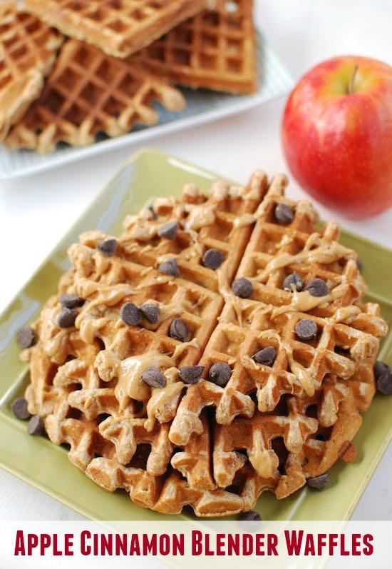 Looking for an easy breakfast? These Apple Cinnamon Blender Waffles will get your morning off to a great start and also make a great afternoon snack!