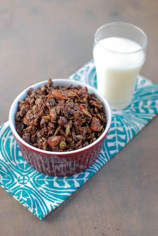 Chocolate Granola | A Healthy Homemade Snack
