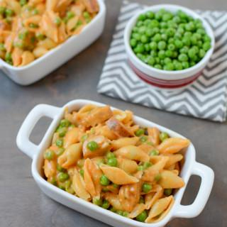 Stovetop Macaroni and Cheese with Sausage and Peas