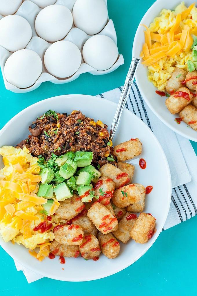 homemade-vegetarian-quinoa-chili-tater-tot-breakfast-bowls-recipe-4114xS