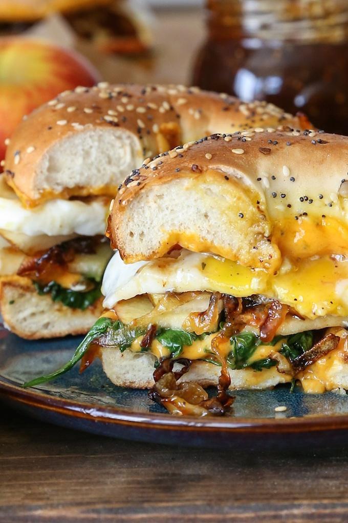 pear_apple_cheddar_caramelized_onion_grilled_cheese_bagel_sandwich_6